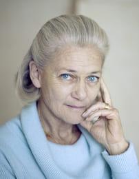 Наиболее обеспеченные авторы мира: Элизабет Бадинтер