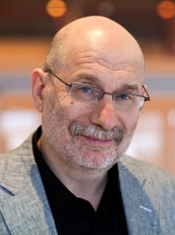 Самые богатые писатели России: Борис Акунин